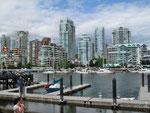 Blick von Granville Island nach Vancouver
