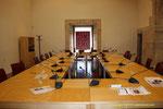 Sala de juntas de la Academia de la Lengua Valenciana en el interior  de San Miguel de los Reyes.