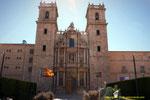 """Fachada de Sant Miquel dels Reis,  en castellano San Miguel de los Reyes es """"un antiguo Monasterio de los Jerónimos"""". Se encuentra a las afueras de la ciudad, en el antiguo camino de Barcelona """"hoy Avinguda de la Constitució""""."""