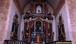 El interior de la  Iglesia, fue des-consagrada.