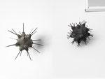 Boten: Catch me, 48x42x42 cm, Beton, geschmiedete Nägel. Morningstar, 26x27x26 cm, Beton, geschmiedete Nägel, BBK Kunstquartier, 2018