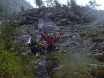 Einweisung des Hubschraubers im Klettersteig