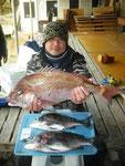 2月13日 ダゴチン釣りで河崎さん 真鯛60㎝・3㎏・チヌ47㎝・42㎝