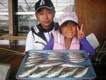 8月16日 ボート釣りで山内親子 キス22㎝を頭に22匹