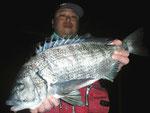 2月22日 磯釣りで中村さん ガバチヌ50.1㎝を頭に6匹