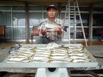 6月21日 ダゴチン釣りで高木さん 良型チヌ49.5㎝を頭に4匹 アジ23㎝前後29匹