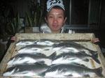 4月1日 磯釣りで柴田さん チヌ、メイタ8匹