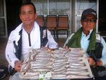 6月23日 ボート釣りで戸上さん・林田さん キス25㎝を頭に59匹