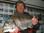 3月31日 磯からフカセ釣り 渡辺さん 51.5㎝を頭に2匹