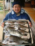 3月6日 ボートからダゴチヌ釣り 喰田さん 50㎝~33㎝(全8匹)