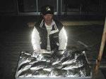 3月14日 ダゴチン釣りで清田さん チヌ40㎝~27㎝を27匹
