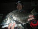 4月5日 磯釣りで東さん チヌ44.5㎝