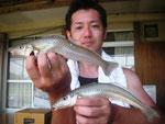 7月9日 ボート釣りで岩本さん キス25.5㎝を頭に20匹