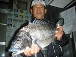 2月21日 磯釣りで引田さん ガバチヌ51㎝