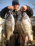 3月31日 磯から辻さん 良型チヌ 45.5㎝を頭に7匹