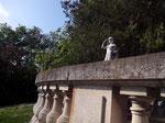 CHATEAU de la LOUVIEREi -  rue du cimetière de l'est - 03100 Montluçon