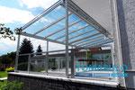 Terrassendach Terrazza hellgrau mit Glas-Geländer