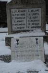 55 Saint Pierrevilliers (carré militaire dans cimetière)