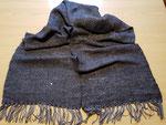 Schal aus Alpaka und Seide handgesponnen und verwebt