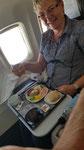 ... und im Flieger Mittagessen