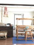 お気に入りの薬箪笥とフィンランドの織り機