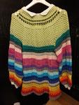 Pullover aus Baumwolle gehäkelt