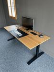 Höhenverstellbarer Tisch in Zusammenarbeit mit der Firma Hovs.ch