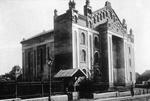 Drohobycz, Alte Synagoge, erbaut 1842-65, größte Synagoge Galiziens und Zentralsynagoge für das Kronland. Aus: Claudia Erdheim: Das Stetl
