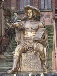 Philipp der Großmütige 2004, überlebensgroße Bronzestatue auf dem Marktplatz zu Homberg/Efze. Landgraf zu Hessen von 1504 - 1567. Er berief 1526 die erste evangelische Synode in Homberg/Efze