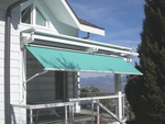 Store de protection solaire, protection intermédiaire après le zénith