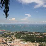 Blick vom Dach des Marina Bay Sands