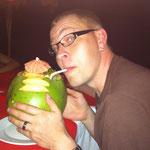 Kokosnuss zu Trinken