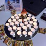 30 Kerzen zum 30. von den Kollegen