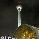 Bahnhof und Fernsehturm