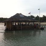 Floating Bar mit Solarzelle