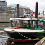 Unsere Hafenrundfahrt-Barkasse