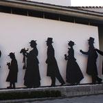 Kunst vor dem Hotel