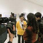 ウズベキスタン国営放送(たぶん からのインタビュー。緊張でもう何言ってるのか分からない。でも、日本語で話して通訳をしてくれるので自分の作品については熱く語らせてもらいましたよ。
