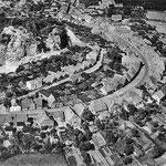 """Das Freilichttheater am Kalkberg wurde im Jahre 1937 als """"monumentalarchitektonische Feierstätte der Nordmark"""" vom Propagandaminister Joseph Goebbels als """"eine politische Kirche des Nationalsozialismus"""" eingeweiht"""