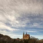 Covadonga. Distinguida con 1 premio en Concursos Fotográficos del Grupo Aficionados a la Fotografía en Flickr con más de 4000 miembros.  PVP. 40 €