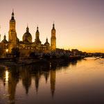Puesta de sol. Atardecer captado en Zaragoza con vistas a la Basílica del Pilar. Distinguida con 4 premios en Concursos Fotográficos del Grupo Aficionados a la Fotografía en Flickr con más de 4000 miembros. PVP. 50 €