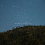 El camino de las estrellas. Fotografía nocturna de larga exposición. Imagen tomada desde Jascal.  PVP. 50 €