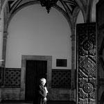 Salida de la iglesias. Técnica Blanco y Negro. Distinguida con 1 premio en Concursos Fotográficos del Grupo Aficionados a la Fotografía en Flickr con más de 4000 miembros.  PVP. 40 €