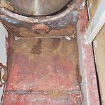 Unterm Warmwasserboiler