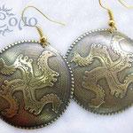 """Серьги """"Коловрат"""" - 600 руб. На серьгах изображен Коловрат - древний славянский символ - Ярило-Солнце, Свет, смену времен года, является очищающим и оберегающим символом. Тиснение."""