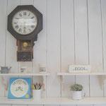 143年前の掛時計 所沢のアトリエピッシュ美容院