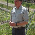 Förster Laurenz Pries bei seiner Einführung in den Arbeitseinsatz