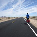 Die kalifornische Wueste; 183km-Etappe