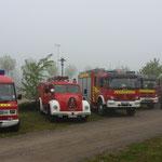Eintereffen der Wehr in Schacht Audorf und Aufstellen der Fahrzeuge