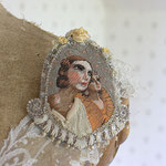 "Brooch""Dominique et Chloe"""